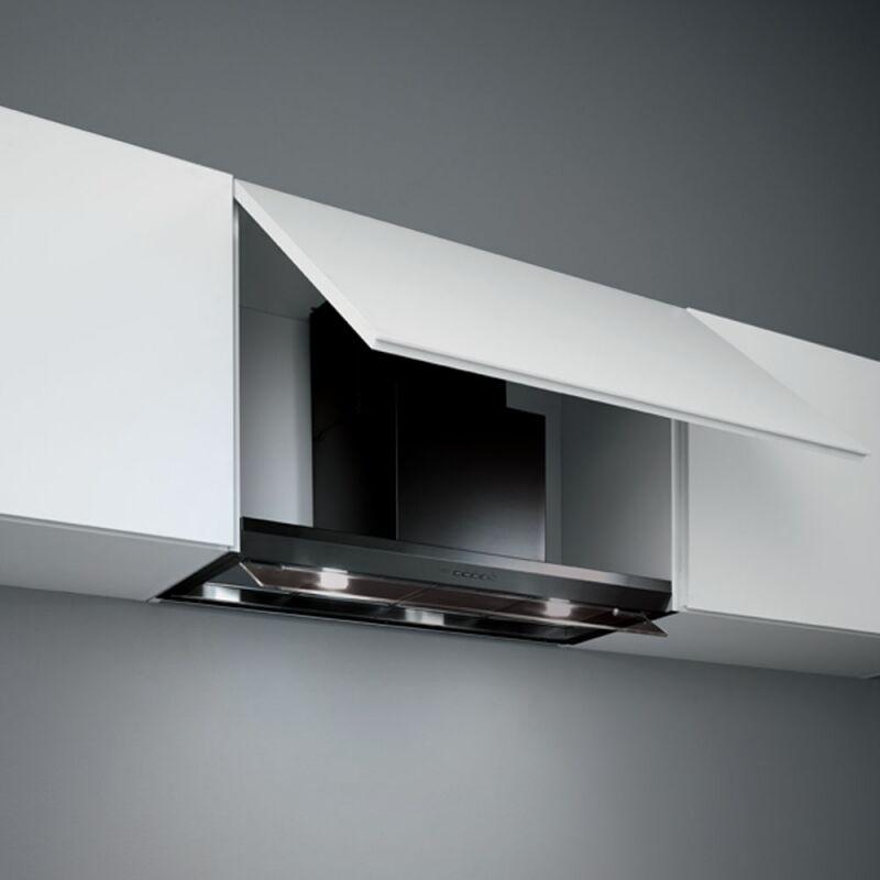 Falmec VIRGOLA PLUS 120 fekete T600 felső szekrénybe vagy kürtőbe építhető páraelszívó